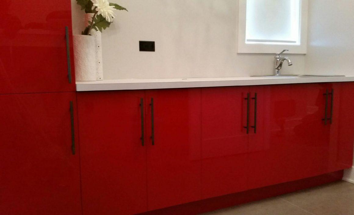 Vanité Moderne rouge